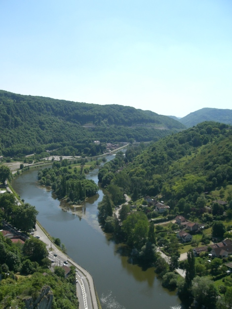 View of the Eurovelo 6 cycle way from Besancon